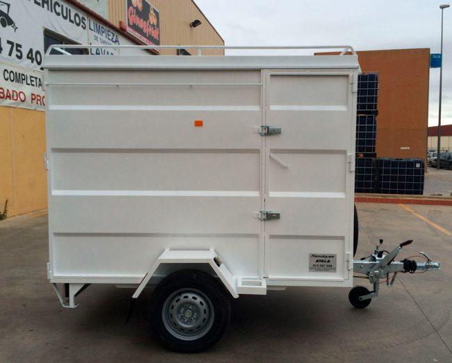 Remolque-furgon-cerrado-CHAPA-PLEGADA-+-techo-elevable-1-eje-con-freno---REMOLQUES-AYALA--2