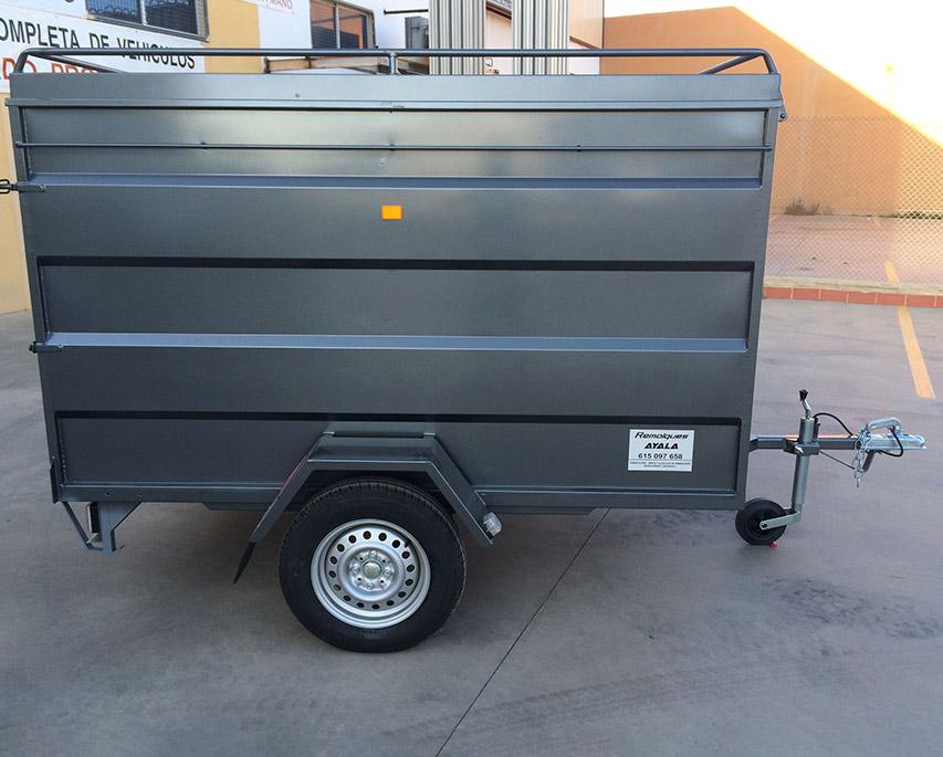 remolque-tipo-furgon-cerrado-chapa-pintado